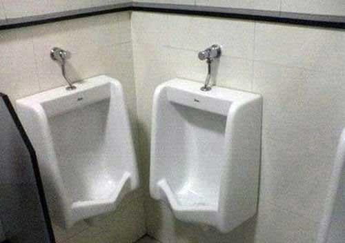 awkward-toilet